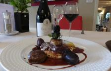 filet de colvert ,boudin antillais et foie gras poêlé sauce aux mûres